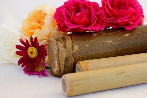 Masaż pałeczkami bambusowymi online